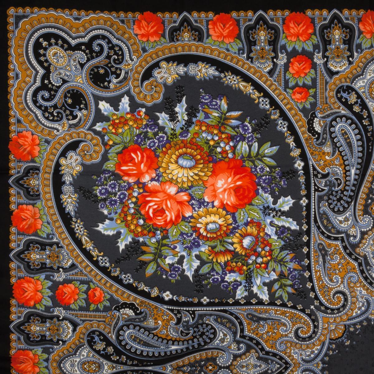 Платок черный с пионами. Фото №2. | Народный дом Украина