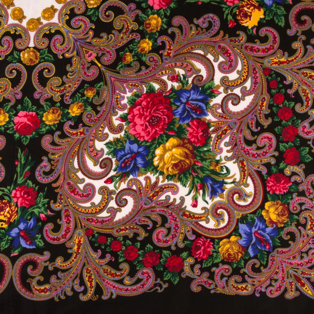 Українська хустка чорна з букетом квітів . Фото №3. | Народний дім Україна