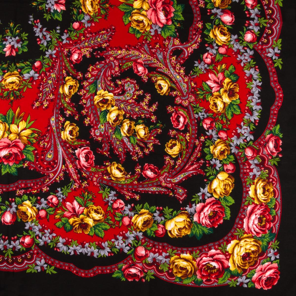 Черный платок с розовыми и желтыми розами. Фото №3. | Народный дом Украина