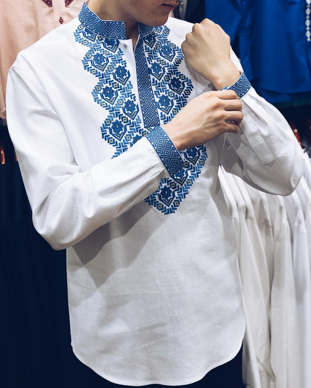 Чоловіча вишиванка Борщівська, синя вишивка. Фото №2. | Народний дім Україна