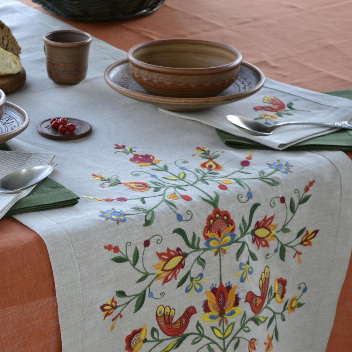 Linen runner on the table Tree of life 140*45