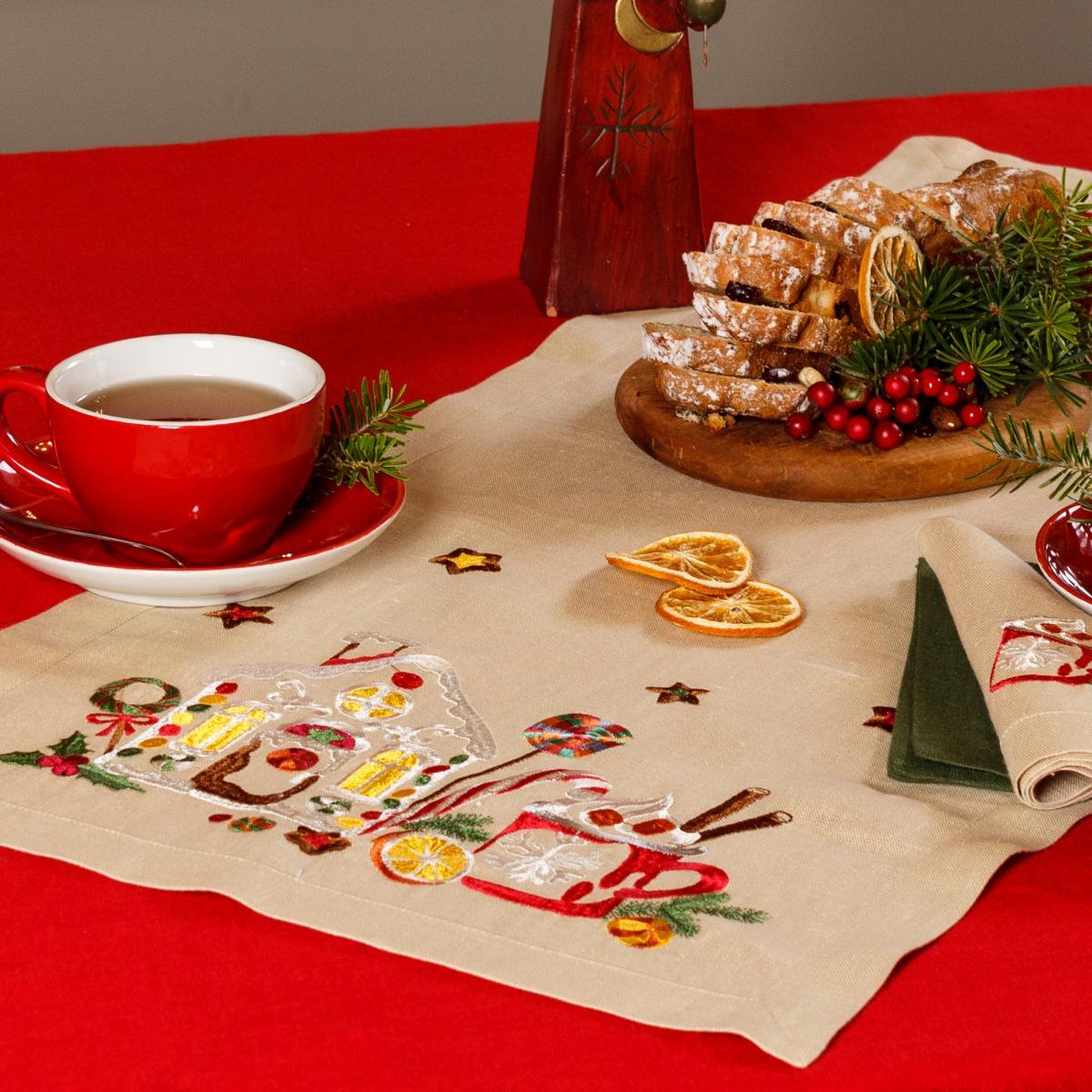 Linen runner on the table   taste of Christmas