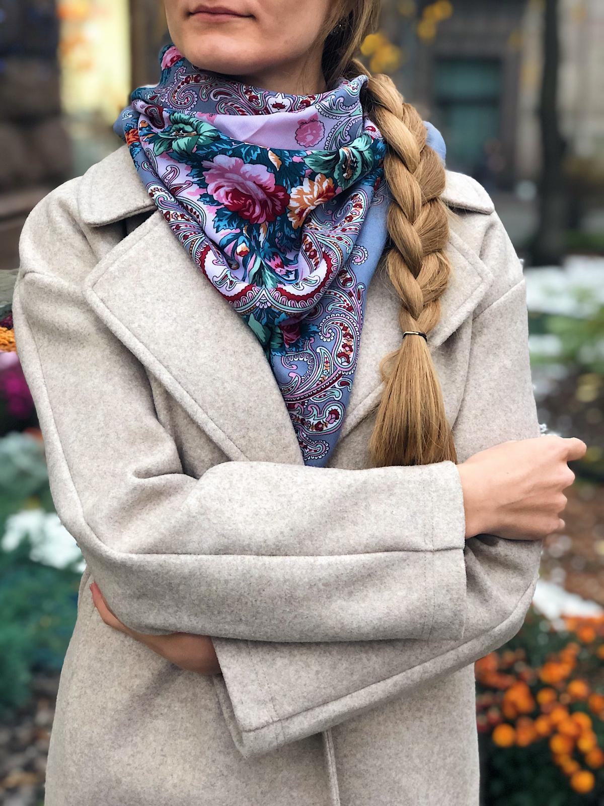 Gray ukrainian wool shawl. Photo №3. | Narodnyi dim Ukraine
