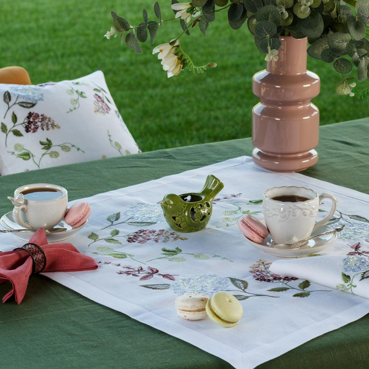 "Linen tablecloth  ""Hydrangea"" 65 * 65 CM"