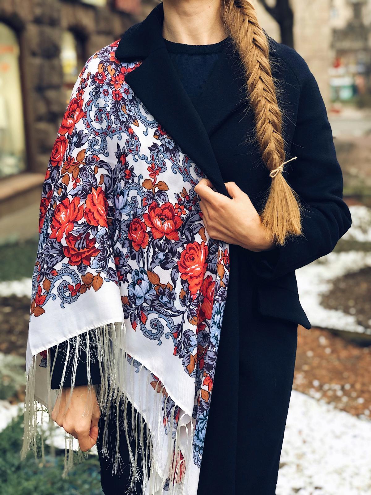 Shawl with floral pattern. Photo №1. | Narodnyi dim Ukraine