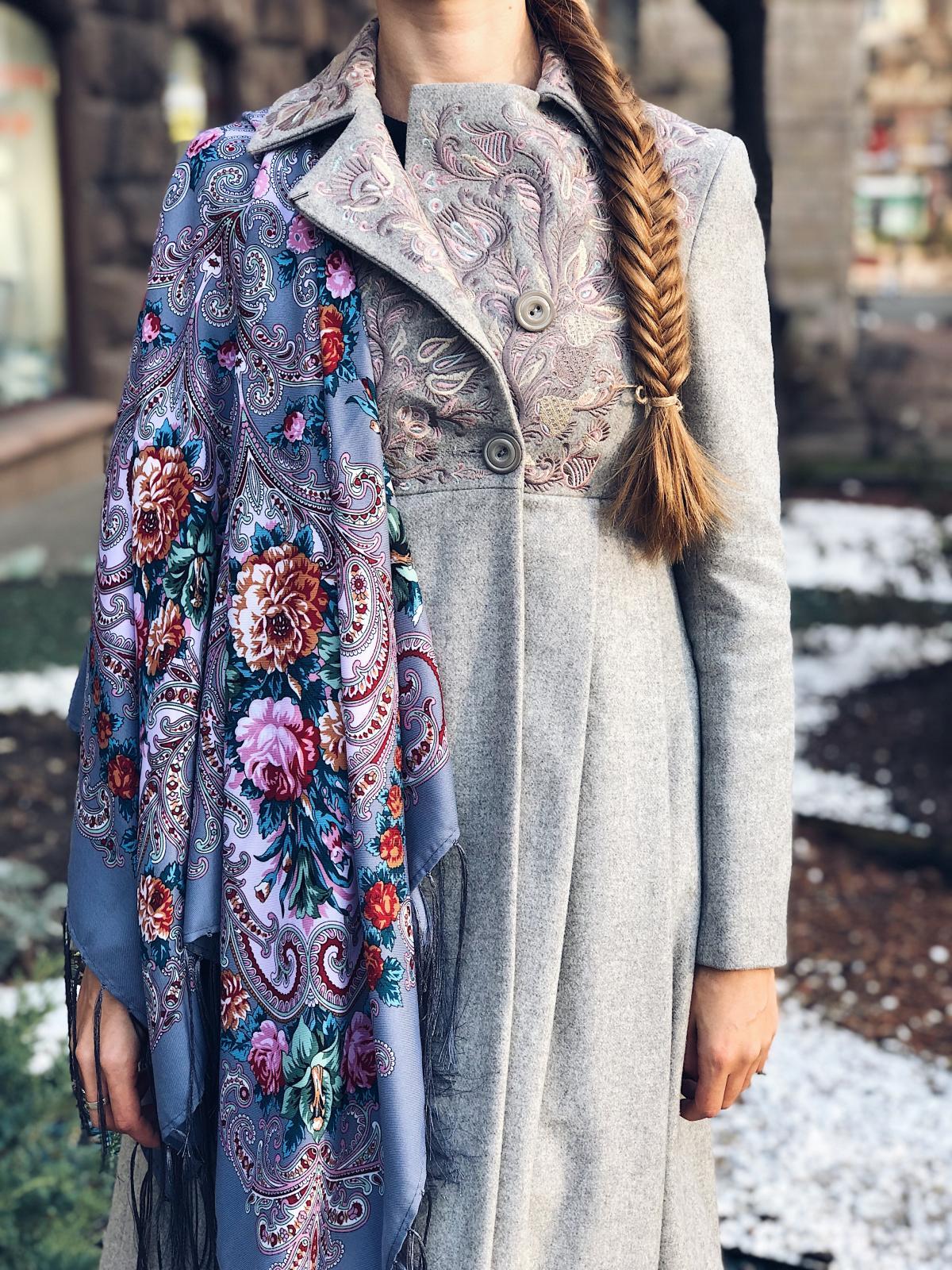 Gray ukrainian wool shawl. Photo №1. | Narodnyi dim Ukraine