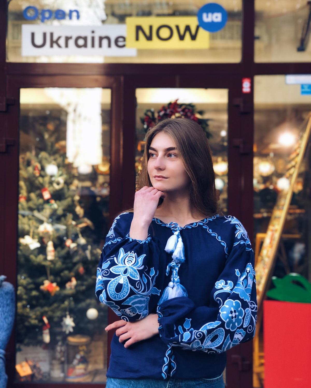 Вишиванка Птахи, синій льон. Фото №4. | Народний дім Україна
