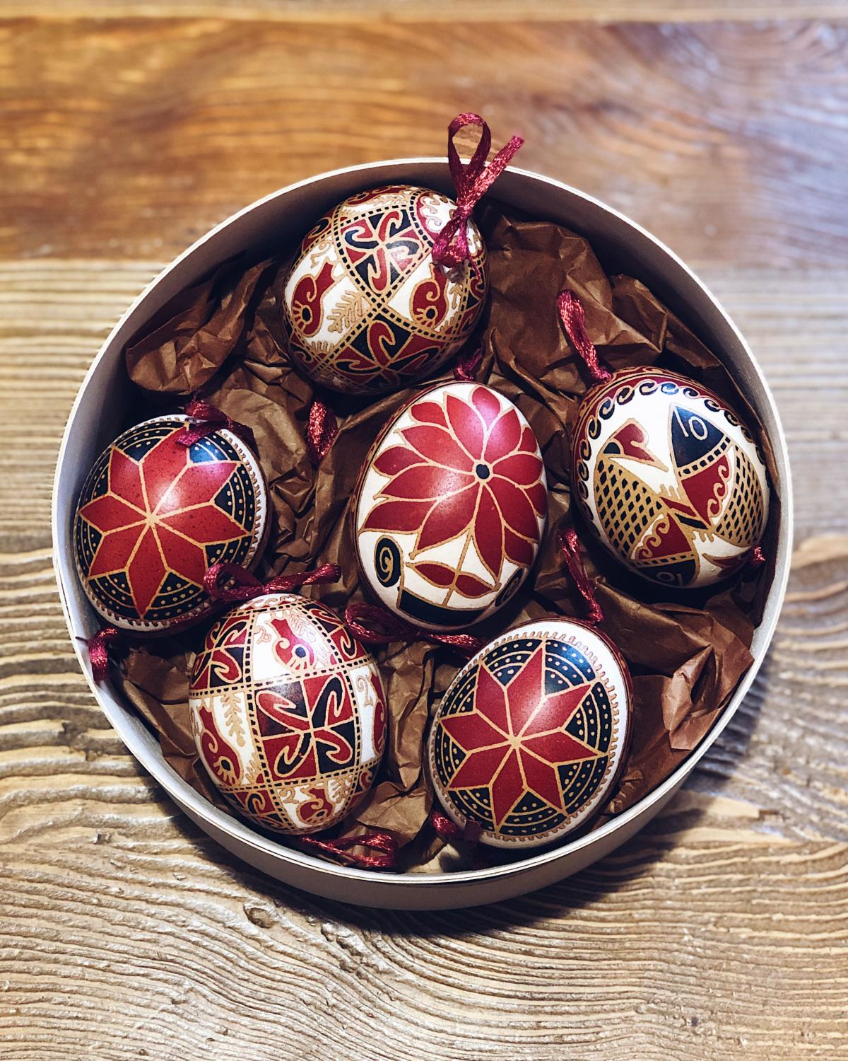 Set of Easter eggs with natural hand-painted eggs. Photo №1. | Narodnyi dim Ukraine