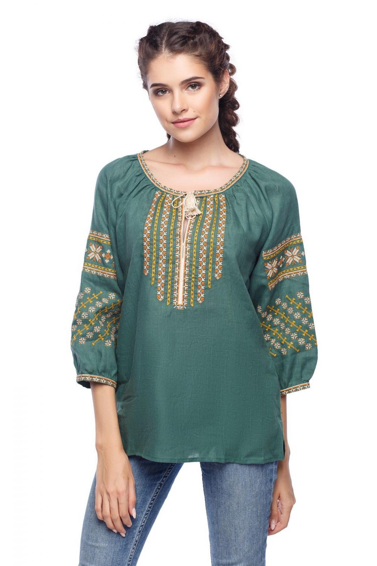 Green embroidered shirt with 3/4 sleeves. Photo №1. | Narodnyi dim Ukraine