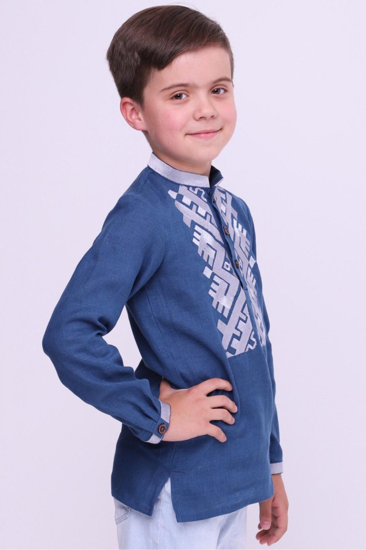 Голубая вышиванка для мальчика с белой вышивкой. Фото №2. | Народный дом Украина