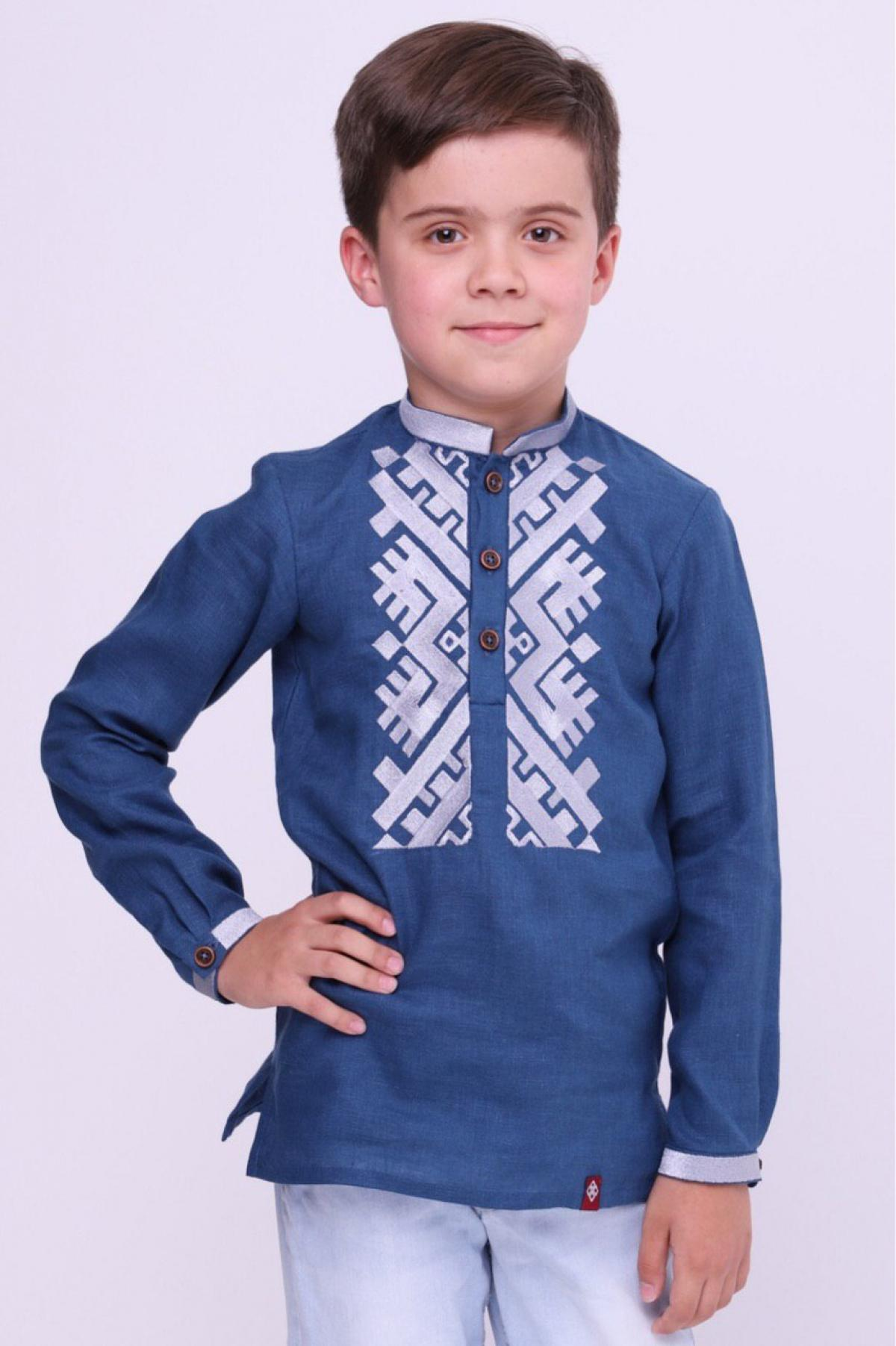 Blue embroidered shirt for a boy with white embroidery. Photo №1. | Narodnyi dim Ukraine