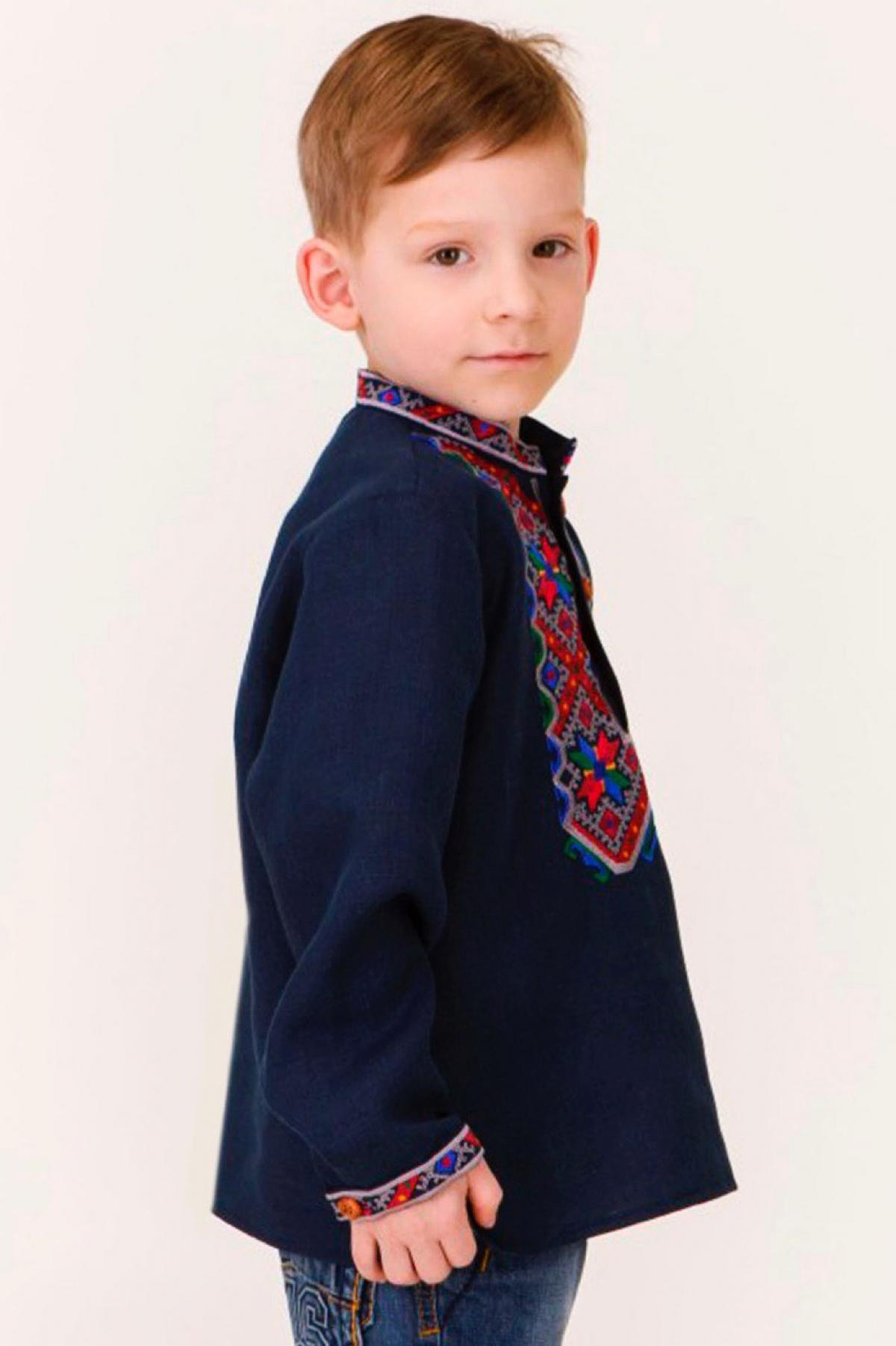 Blue embroidered shirt for a boy with colored embroidery. Photo №2. | Narodnyi dim Ukraine
