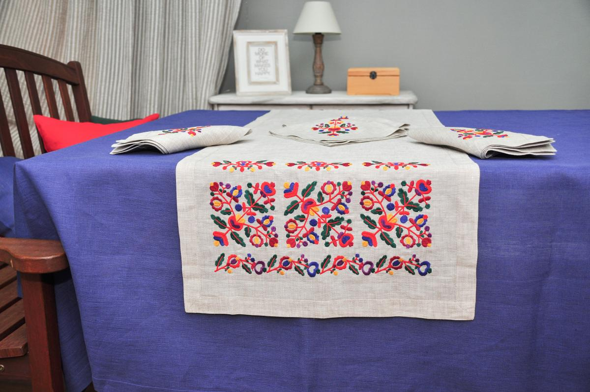 Embroidered  ranner for the table  Flowers 140x45 cm