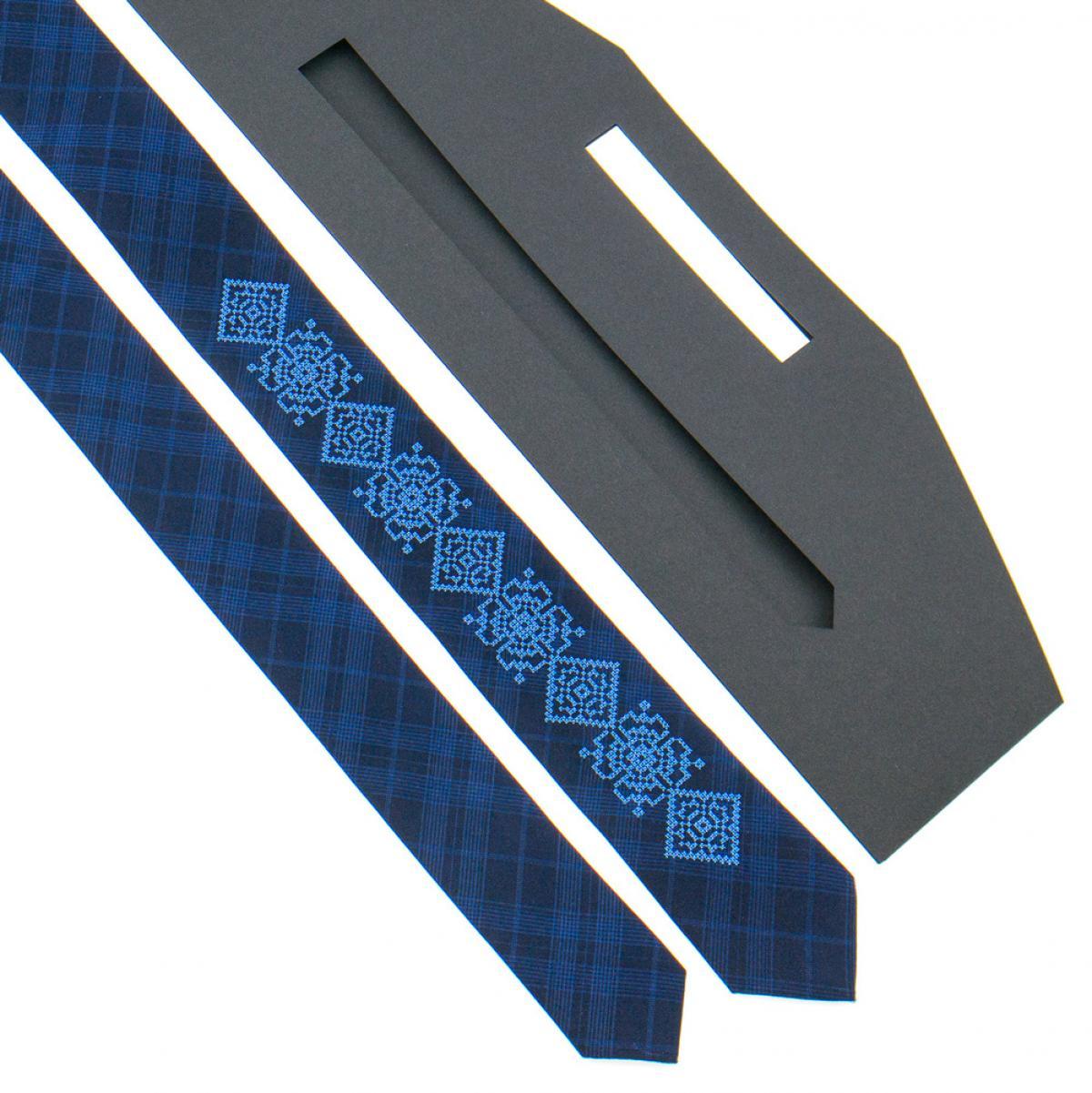 Тонка вишита краватка синя. Фото №2. | Народний дім Україна