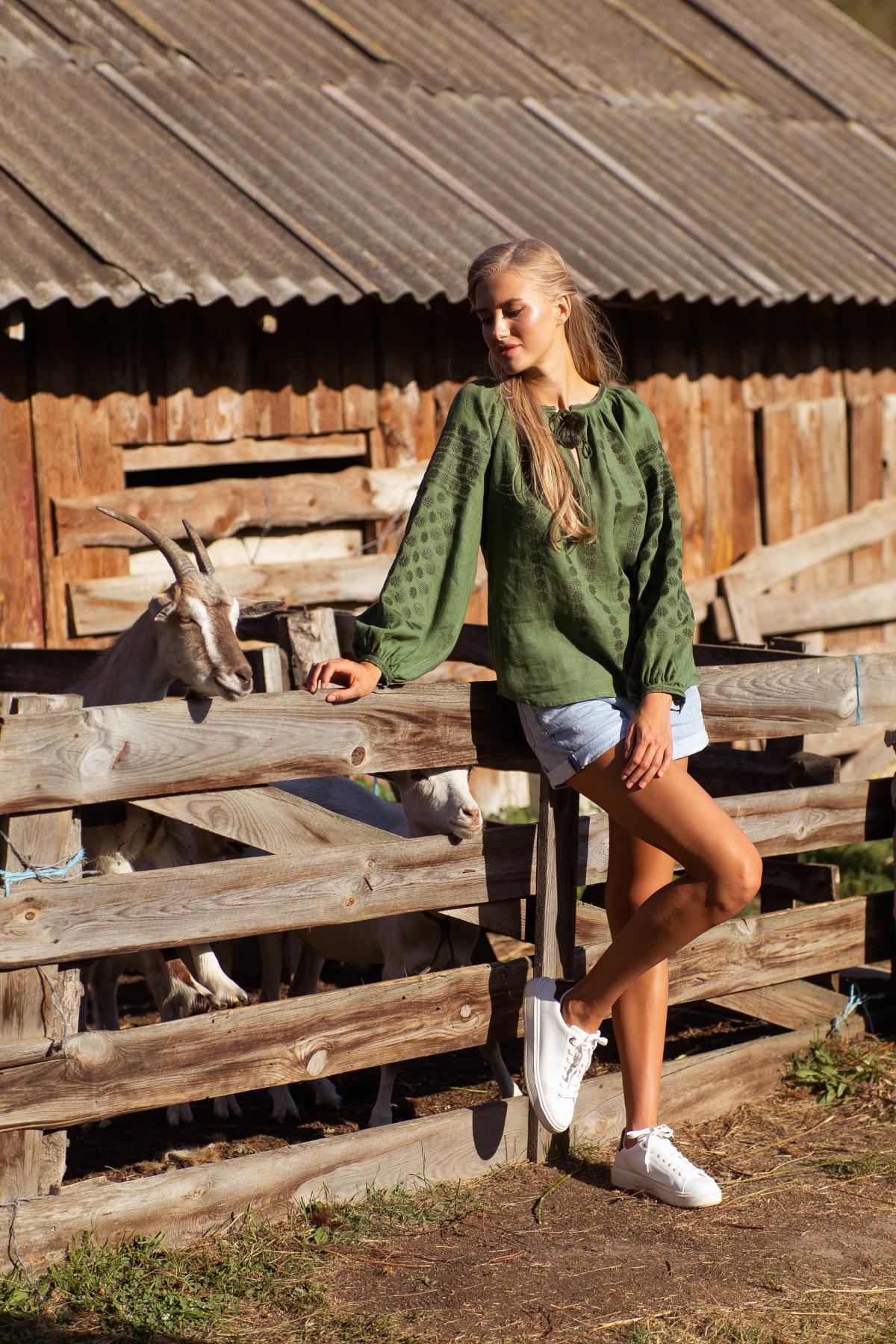 Green women's designer embroidered shirt. Photo №1. | Narodnyi dim Ukraine