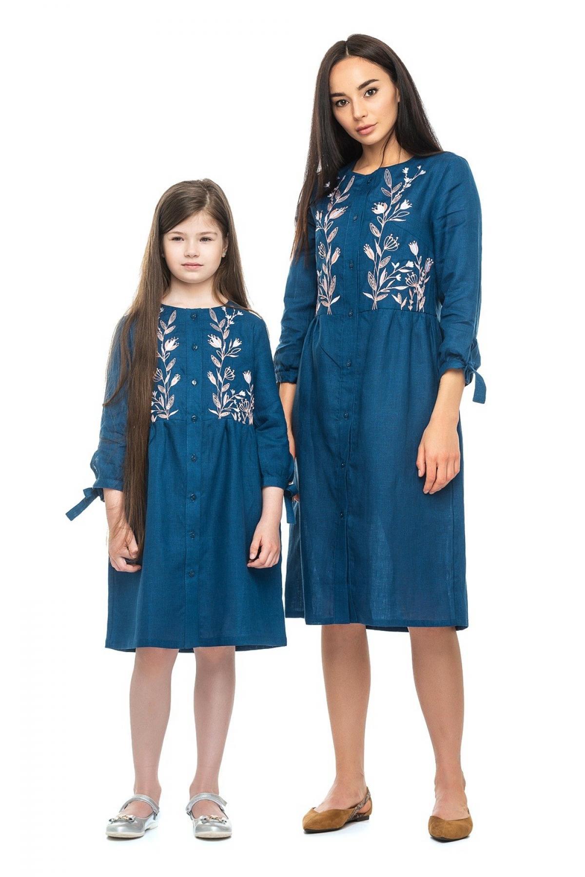 Детское синее льняное вышитое платье для девочки. Фото №2. | Народный дом Украина