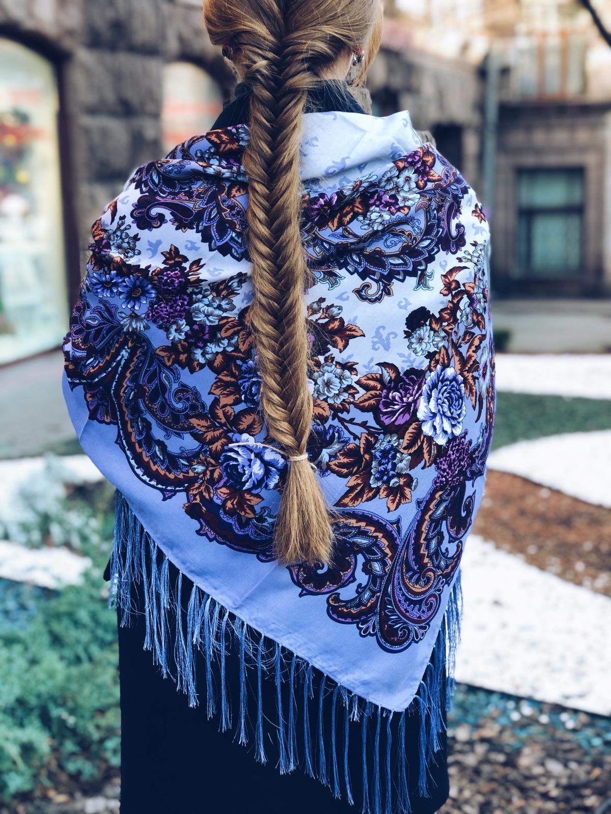 Фіолетова хустка українська з візерунком. Фото №2. | Народний дім Україна