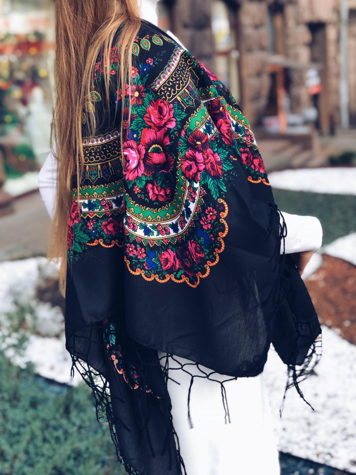 Хустка  українська чорна. Фото №1. | Народний дім Україна