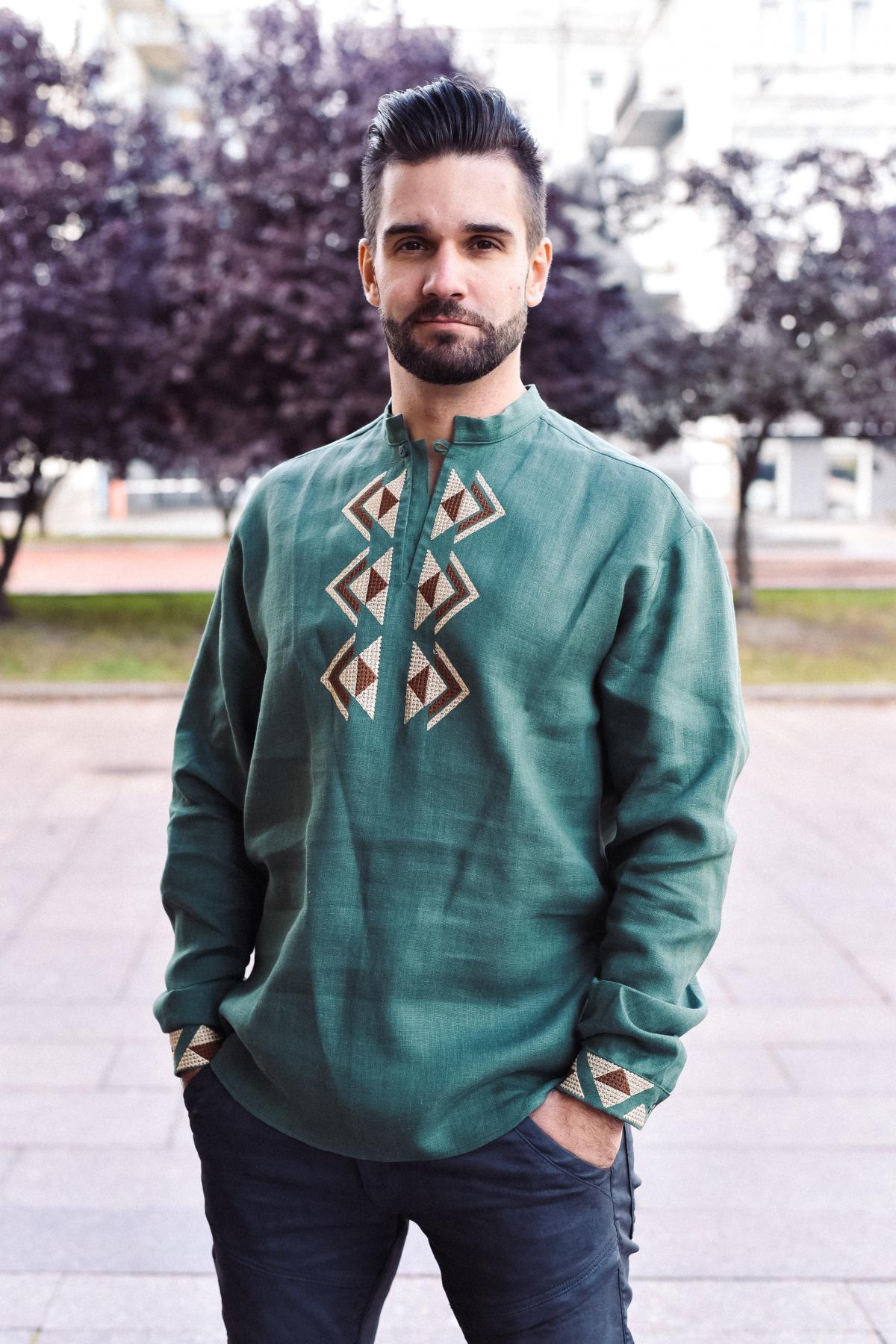 Чоловіча вишиванка зелена. Фото №2. | Народний дім Україна
