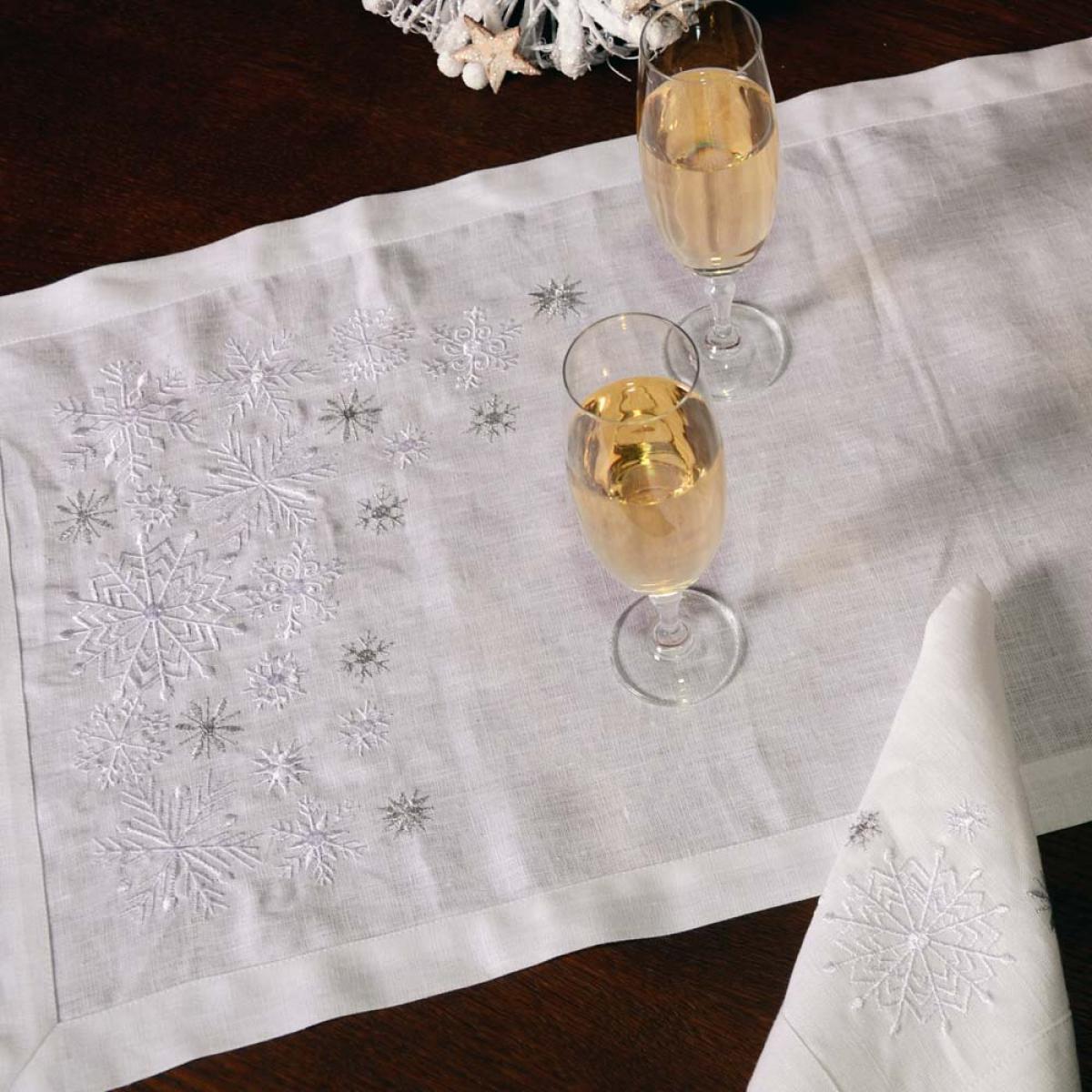 Лляна серветка Сніжинки  40*40 . Фото №2. | Народний дім Україна