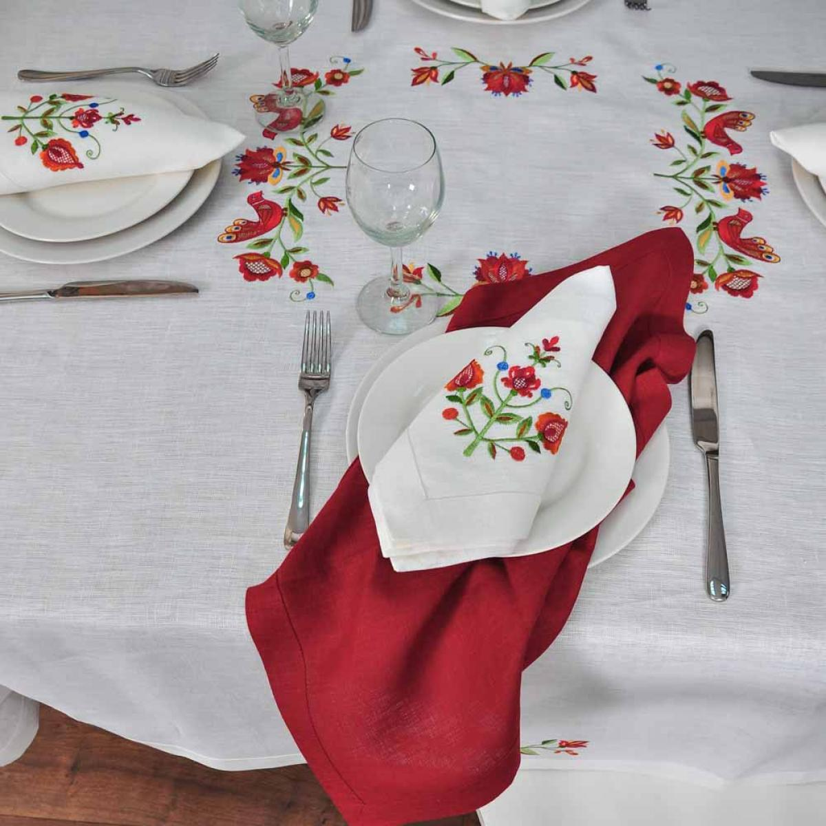 Tablecloth with napkins for 4 persons TREE OF LIFE 160 * 150 cm + 4 napkins. Photo №1. | Narodnyi dim Ukraine