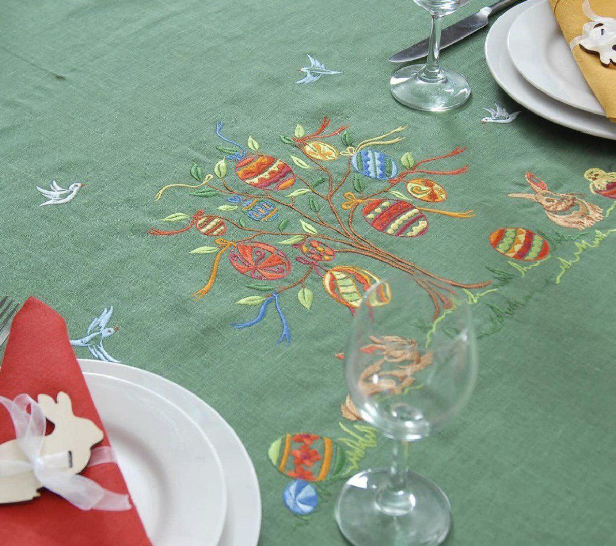 Лляна скатертина на  стіл 240*140 см, Великдень . Фото №3.   Народний дім Україна