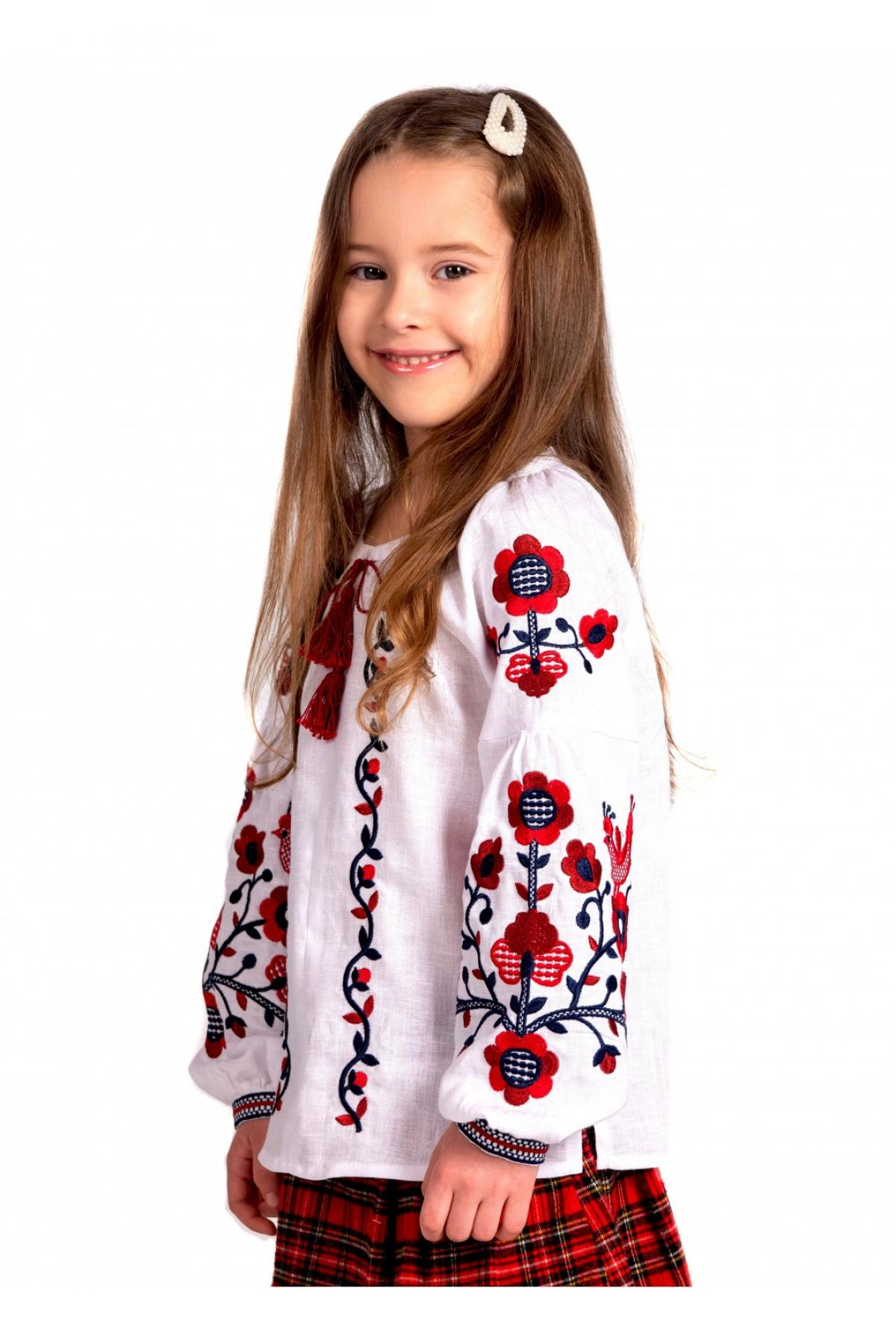 Embroidery for a girl white with red embroidery. Photo №2. | Narodnyi dim Ukraine