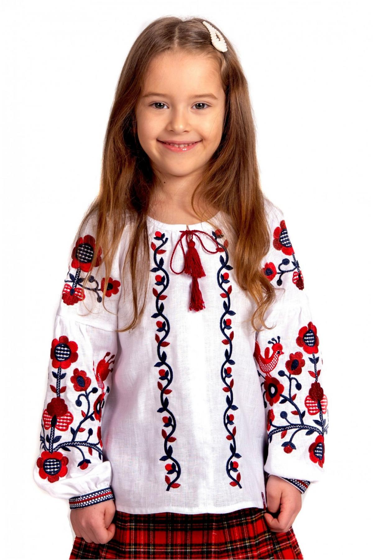 Embroidery for a girl white with red embroidery. Photo №1. | Narodnyi dim Ukraine