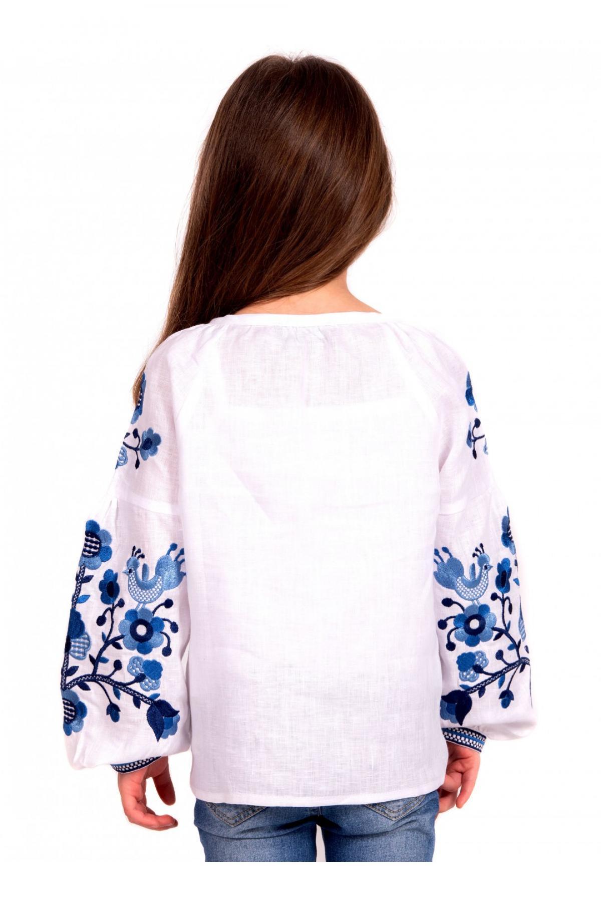 Вишиванка для дівчинки біла з синьою вишивкою. Фото №2. | Народний дім Україна