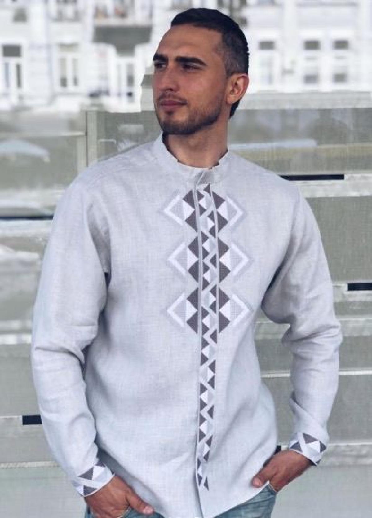 Современная мужская вышиванка серая. Фото №3. | Народный дом Украина