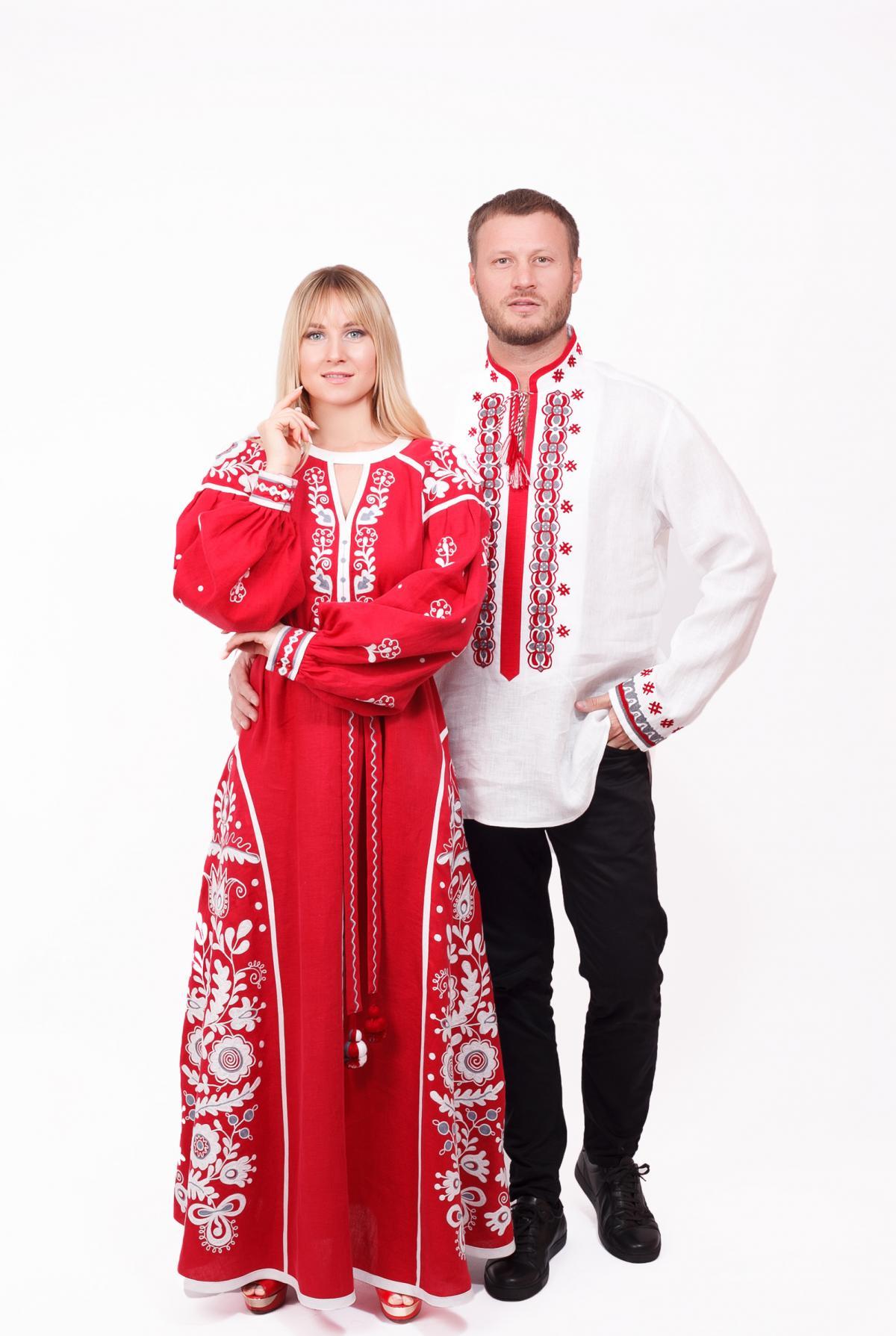 Червона ексклюзивна дизайнерська вишита сукня, довга. Фото №3. | Народний дім Україна