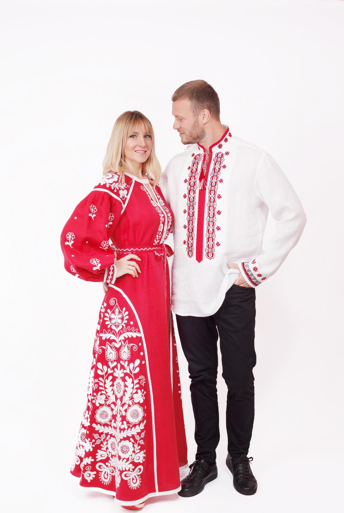 Червона ексклюзивна дизайнерська вишита сукня, довга. Фото №4. | Народний дім Україна